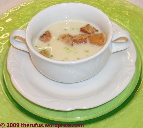 Knoblauchcremesuppe mit Croutons - mjami
