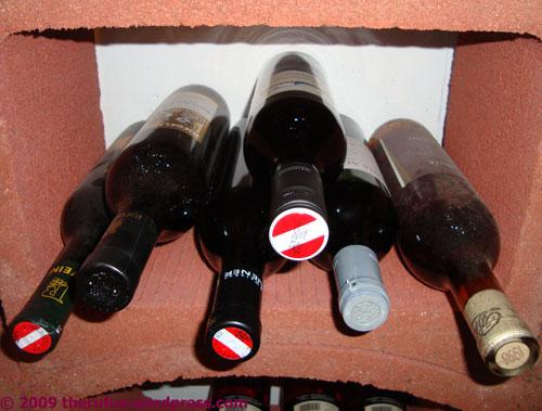 Ein paar Weinflaschen