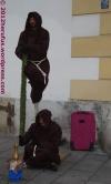 schwebende Mönche